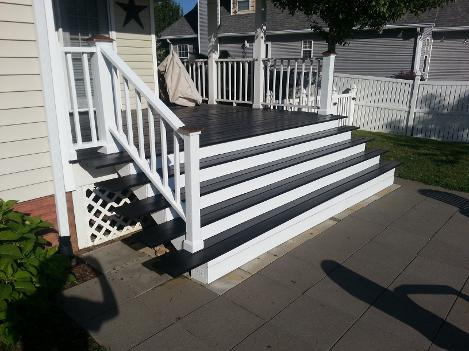 Martin Brother Painting Painted this Deck and handrail.